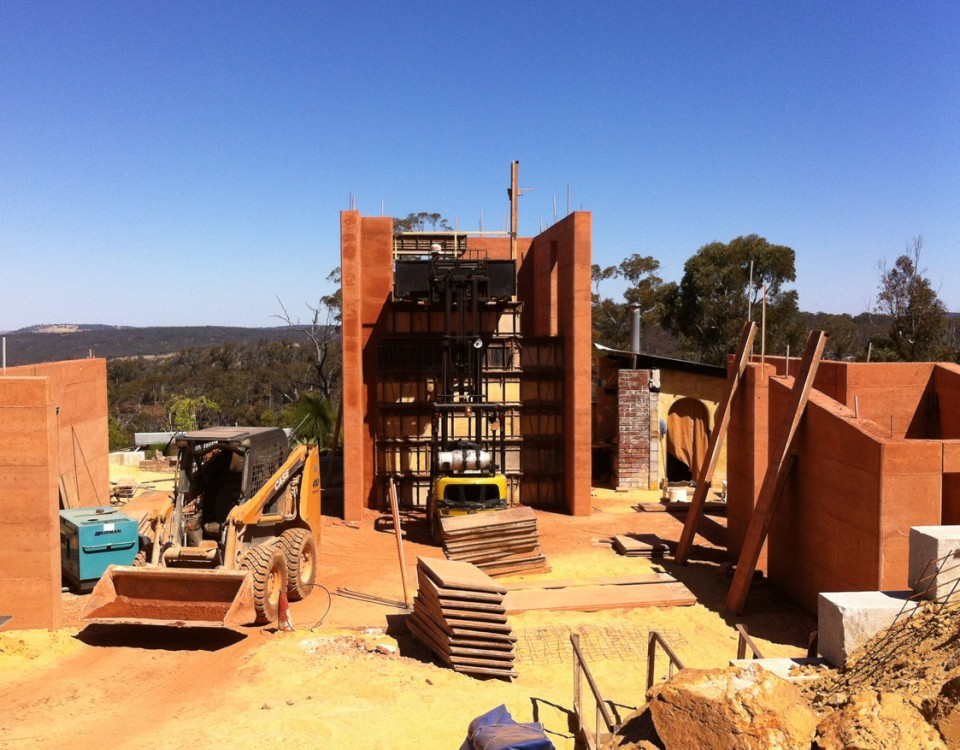rammed earth house in toodyay